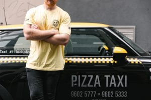 11 Inch Pizza - Pizza Taxi