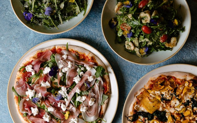 Best Cheap Dinner Melbourne - Pizza and Salad